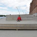 Warten auf der Bank, Schweden, Stockholm, Kvarnholmen